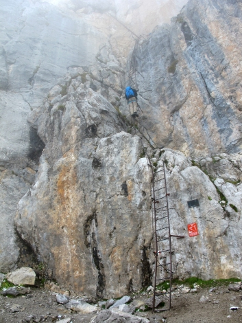 Starting up the 13 Ladders of Sentiero Ettore Castiglioni